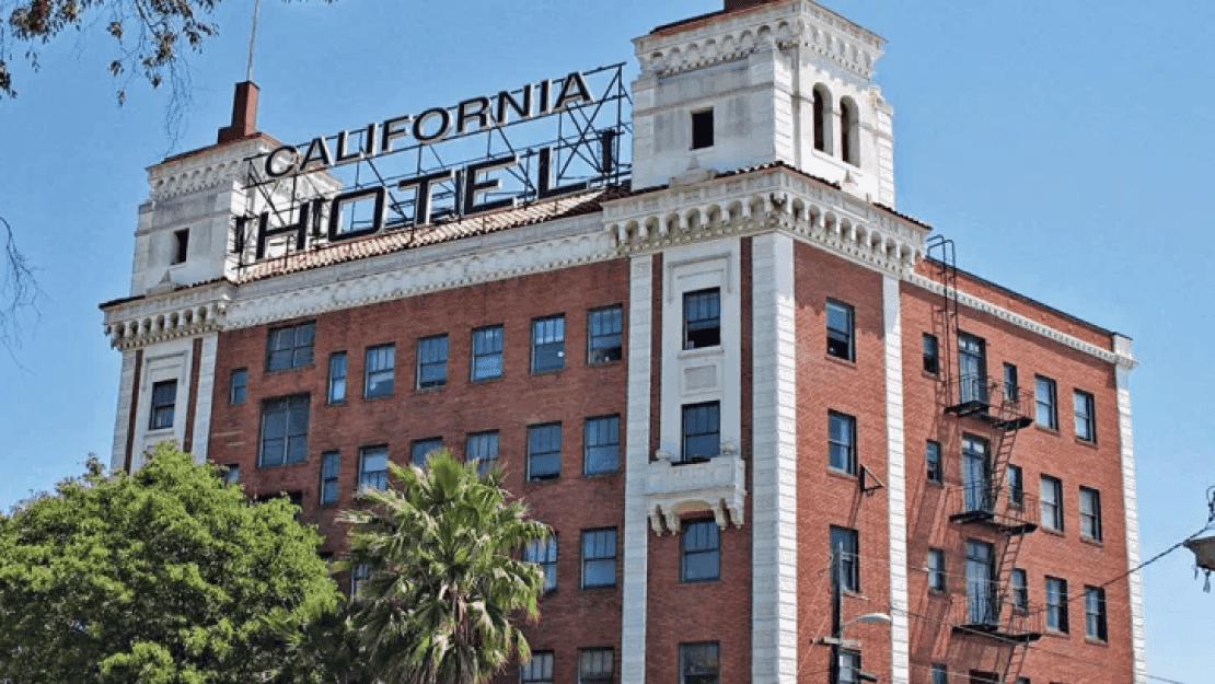 California Hotel Outside